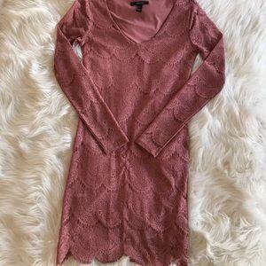 Lace long sleeve dress - Rose